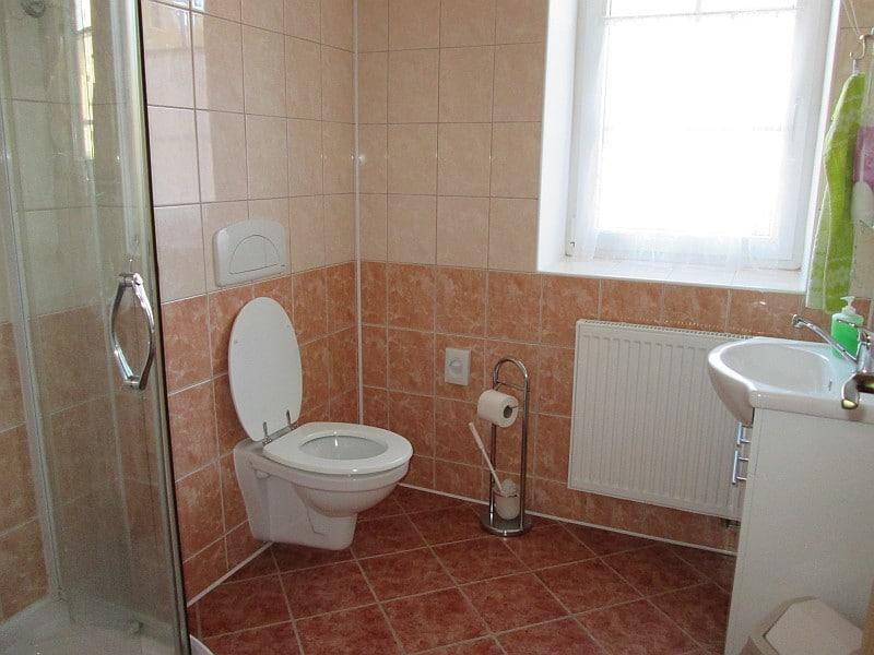 Ubytování v Horní Blatné v pokojích s koupelnou
